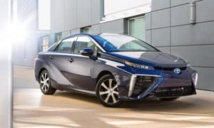 Mulai Serius di Pasar Hidrogen, Harga Toyota Mirai Turun?